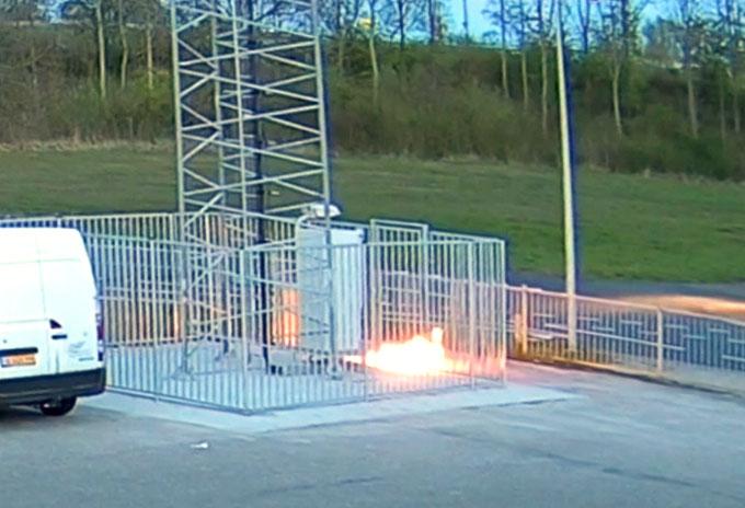 Antenele 5G, incendiate