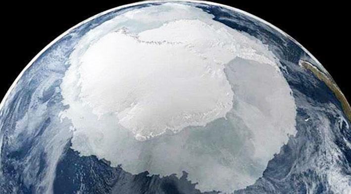 Polul Nord se plimbă